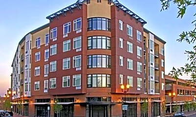 Putnam Pointe and Lofts, 0