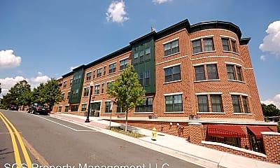 Building, 2101 N Monroe St. #305, 2