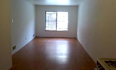 Living Room, 660 Baltic St, 1