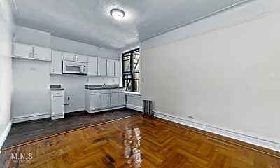 Living Room, 45 Thayer St 4-E, 1