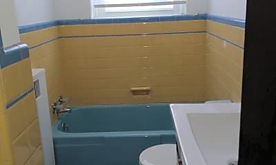 Bathroom, 1807 S Broad St, 2