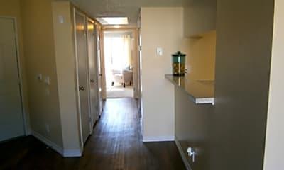 Crest Haven Apartments, 2