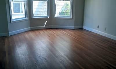 Living Room, 2120 Larkin St, 1
