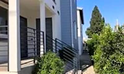 Building, 4011 S Raymond Ave, 1