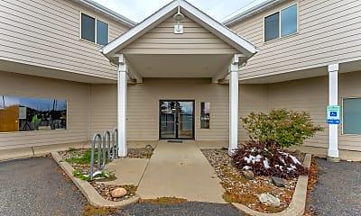 Building, 810 Mandeville Ln, 2