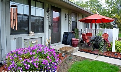 Patio / Deck, 1140 E Riverview Ave, 1