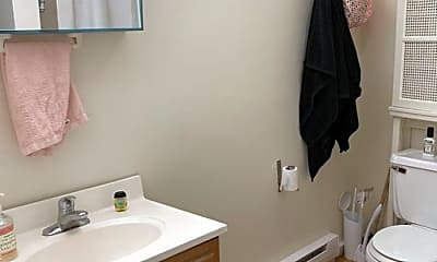 Bathroom, 3 Schrepel Pl, 2