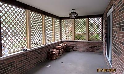Patio / Deck, 430 N 1st St, 2