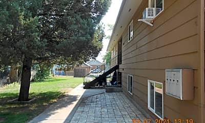 Patio / Deck, 1056 E 5th St, 1