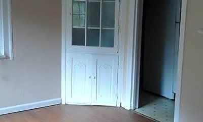 Living Room, 1515 Pierce Ave, 1