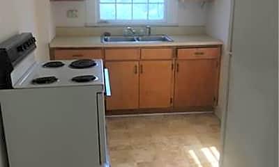 Kitchen, 4911 Monroe Rd, 1