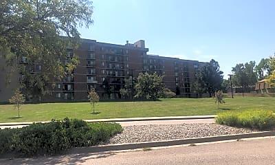 Amity Plaza, 0