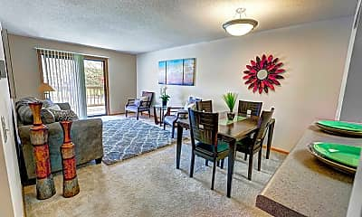 Northpointe Apartments, 1