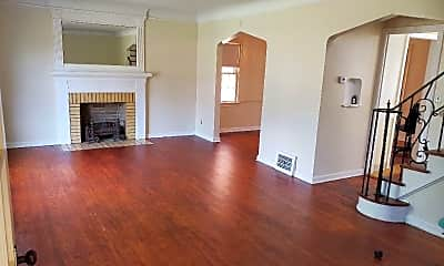 Living Room, 3488 Berkeley Rd, 1