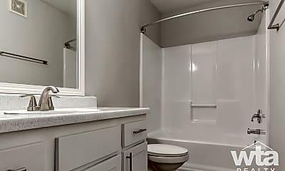 Bathroom, 1201 E Old Settlers Blvd, 2