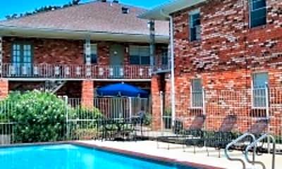 Edenborn Courts & Gardens Apartments, 0