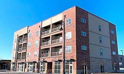 Building, 415 Center Pl, 0