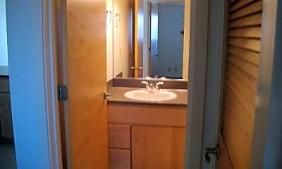 Bathroom, 183 E 19th Ave, 2