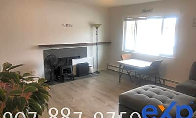Living Room, 801 Edward St, 1