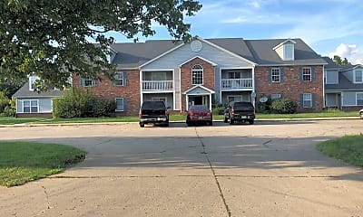 Mill Creek Apartments, 1