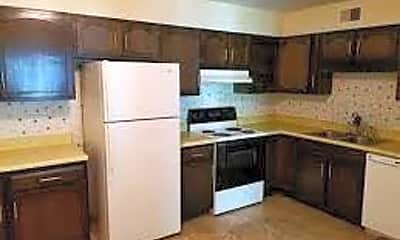 Kitchen, 1224 W Monroe St, 1