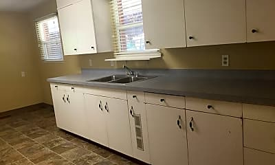 Kitchen, 4102 W Lincoln Ave, 0