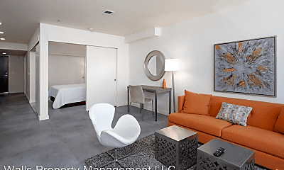 Living Room, 736 Bellevue Pl E, 1