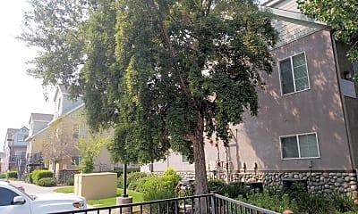 Magpie Creek Condominiums, 0