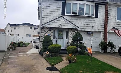 48 Gold Ave 2, 0