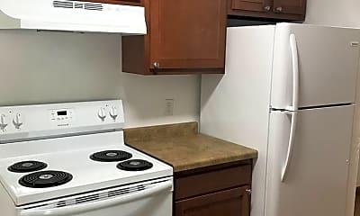 Kitchen, 4102 Green Blvd, 1