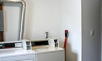Bathroom, 104 W Willow St 3W, 2