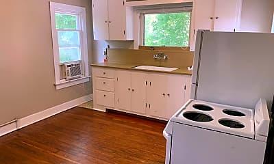 Kitchen, 1138 S Zunis Ave, 0