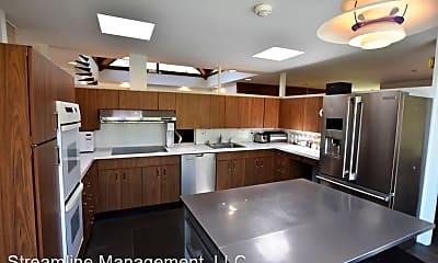 Kitchen, 6208 Dahlonega Rd, 1
