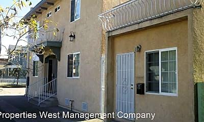Building, 638 E 7th St, 0