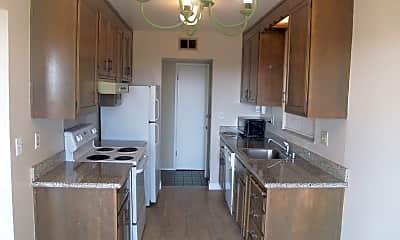Kitchen, 16312 Saratoga St, 1