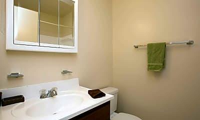 Bathroom, Vista At White Oak, 2