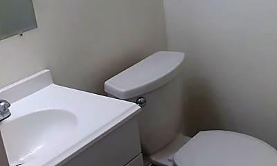 Bathroom, 4704 Hickory Pl, 1