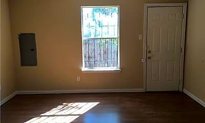 Living Room, 1506 E Mulkey St, 2