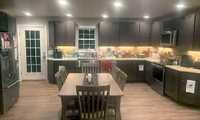 Kitchen, 68 MacKenzie Rd, 1