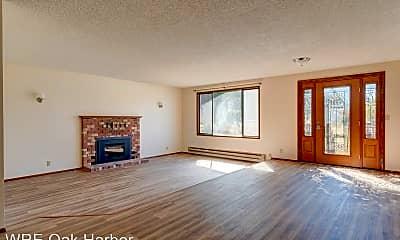 Living Room, 637 NE 7th Ave, 1