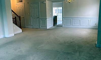 Living Room, 4623 Battenburg Ln 952, 2