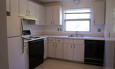 Kitchen, 1605 Meadowbrook Dr, 1