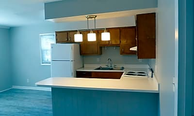 Kitchen, 3157 Page Ave, 2