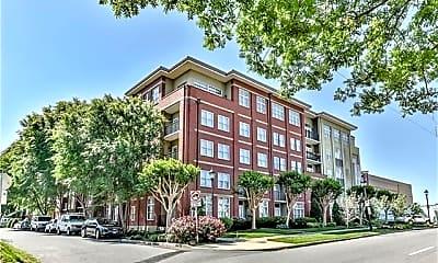 Building, 1320 Fillmore Ave Unit 302, 0
