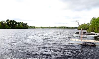 Lake Pointe Apartments, 2