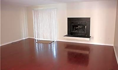 Living Room, 2125 Point Hollow Ct., 1