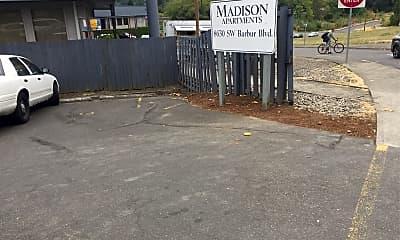 Madison Apartmnet, 1