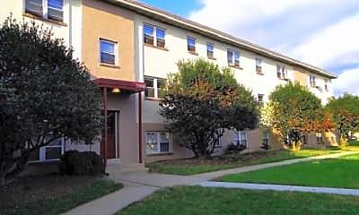 Building, 1130 Falls Hill Dr, 2