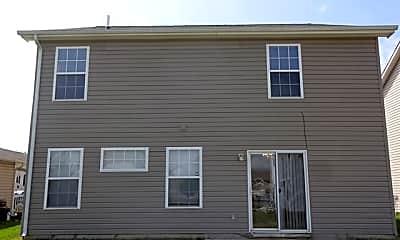 Building, 668 Cloverfield Ln, 2