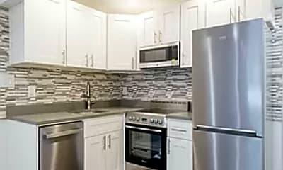 Kitchen, 413 E 78th St 2-FW, 0